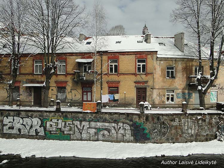 Vilnius river Vilnelė in winter