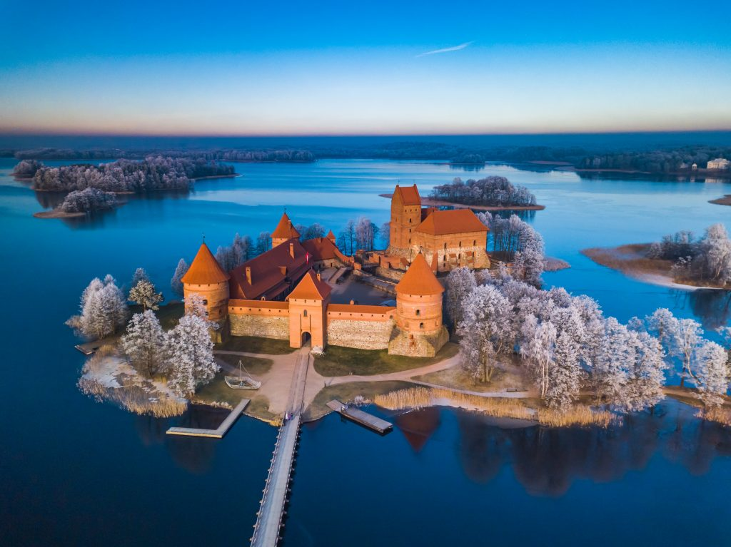 Private tours to Trakai are available all year long. In winter the castle of Trakai looks extremely special